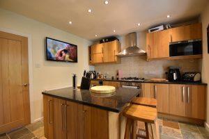Modern 3 Bedroom House on Wolverton Road, Rednal, B45 8RN